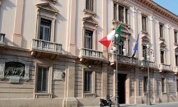 Prefettura Avellino ed ex Caserma di Ariano, fondi dalla Regione