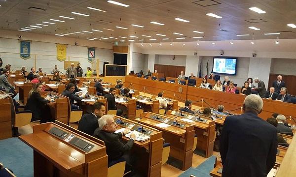 Cultura, ambiente e sanità: la Campania approva mozione per l'autonomia