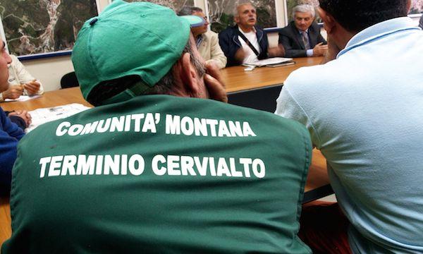 Operai idraulico-forestali, c'è il contratto integrativo regionale di categoria