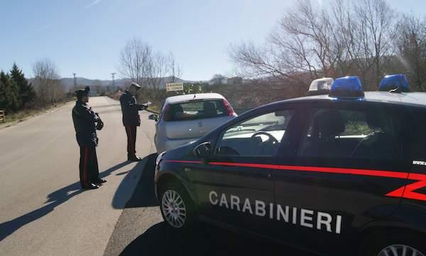 Sant'Andrea di Conza, ai domiciliari per droga: finisce in carcere