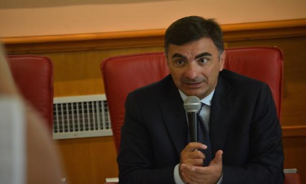 'Sette milioni per le strade, De Luca torna in Irpinia'