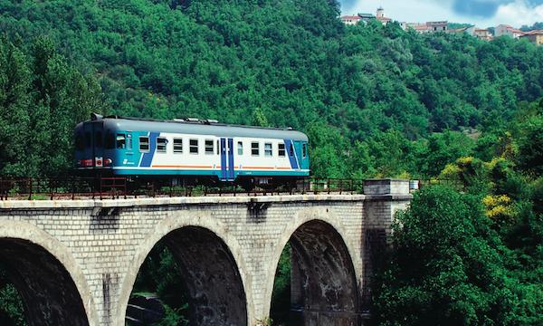 In_Loco_Motivi: '2 giugno in treno sulla Avellino-Rocchetta'