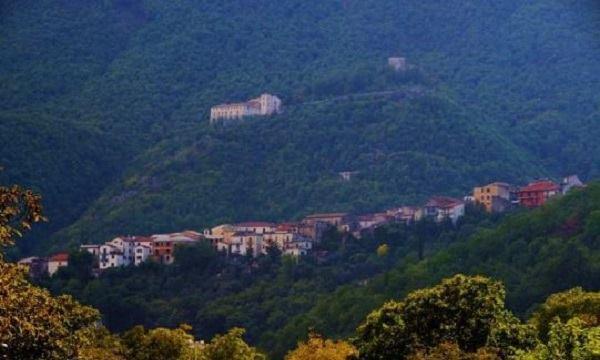 Montella: incidente in moto, 54enne in ospedale