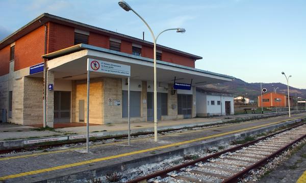Stazioni della Avellino-Rocchetta, il bando è pronto