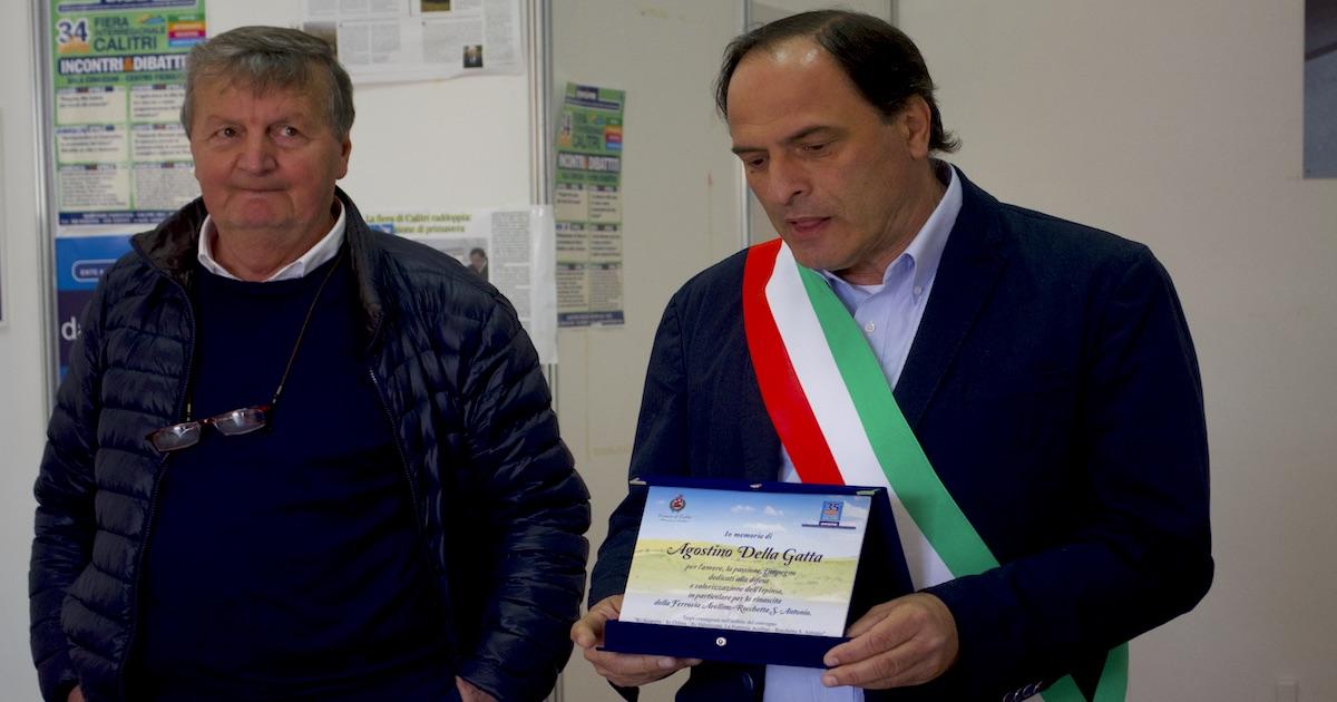 Una targa per Agostino: 'Ha sfidato l'impossibile'