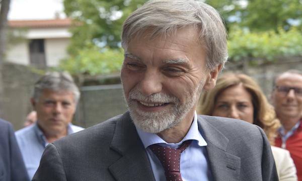Acqua e ciclovia, il ministro Delrio a Caposele