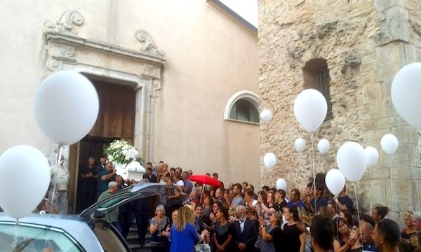 L'addio a Paolo: 'Non si può morire a 19 anni'