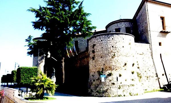 Torella, terza tappa del Maggio dei castelli