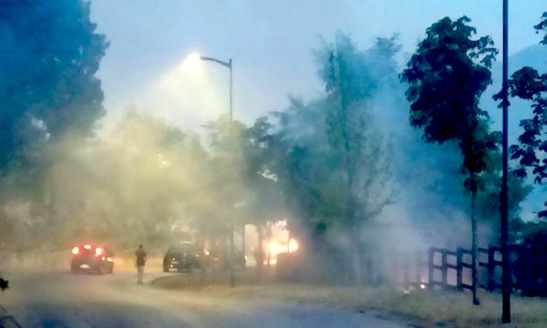 Nusco, le fiamme sfiorano il centro