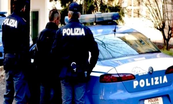 Arrestata ex guardia giurata: spacciava