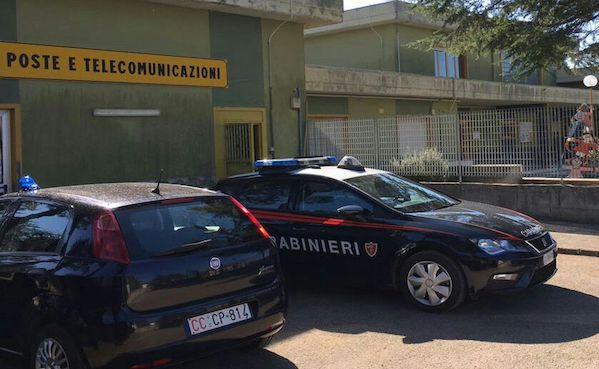 Ariano Irpino: sfondata una parete, colpo all'ufficio postale