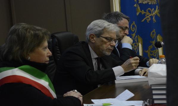 De Vincenti: 'Anche in Alta Irpinia avete diritto a lavoro e affetti'