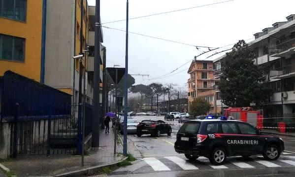 Avellino, voragine in via Speranza: strada chiusa ma nessun ferito