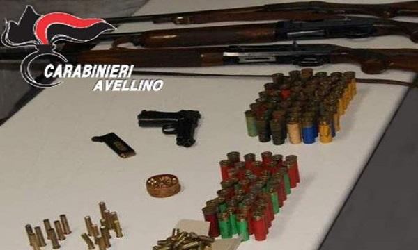 Pistola e 300 proiettili illegali, una denuncia a Montoro