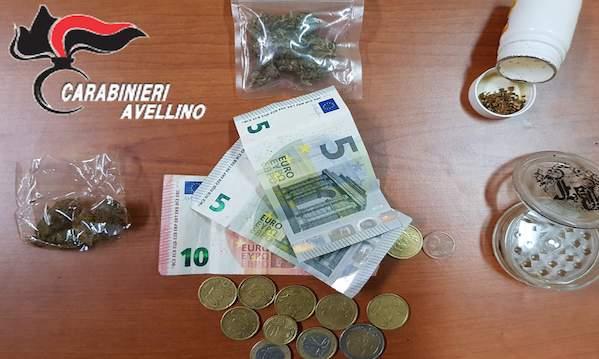 Avellino: marijuana a minorenni, arrestato 27enne
