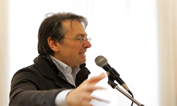Il professore 5stelle contro De Mita: 'Insulta senza contenuti'