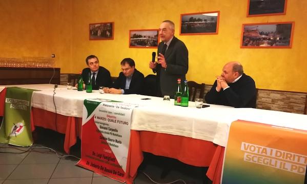 Umberto Del Basso De Caro lancia il Pd da Montefusco