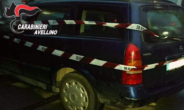 Atripalda: ladri in fuga, ma i carabinieri recuperano la refurtiva