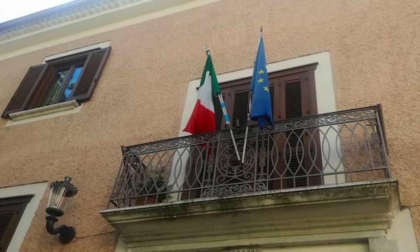 Nusco, Molinario e Della Fortuna: 'Ormai qui è un ring'