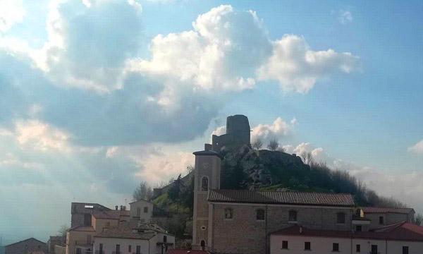 Biblioteca e app, doppia inaugurazione per Rocca San Felice