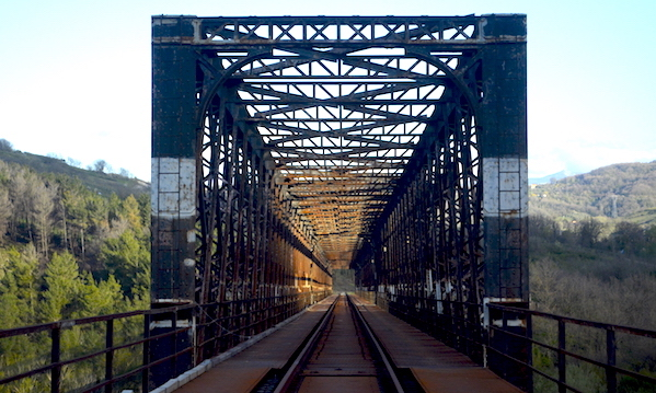 'Venga la ferrovia, ma gli amministratori non hanno la cultura del bello'