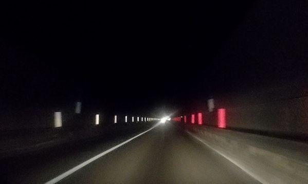 Fondo Valle Sele, nuovo blackout in galleria. L'Anas: 'Verificheremo'