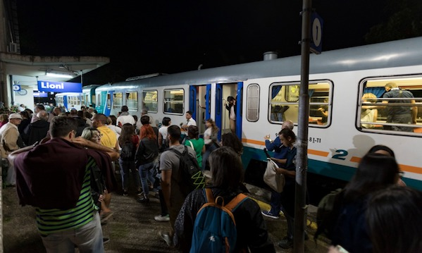 Irpinia Express, i treni dei falò a Castelfranci e Lioni
