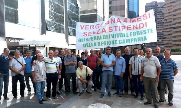 Operai idraulico-forestali, senza stipendio da mesi per via di un software