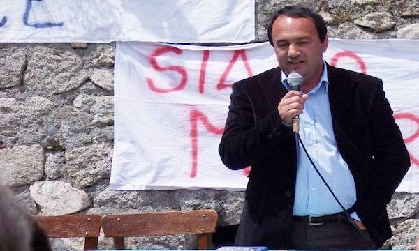 Riace, Potere al Popolo Irpinia: 'Vergognose parole di Sibilia'