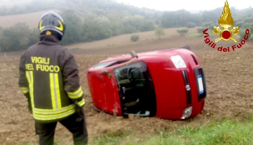 Vallata, 31enne in ospedale dopo incidente stradale