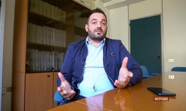 'E' sempre figlio del boss', caos nel M5S Avellino