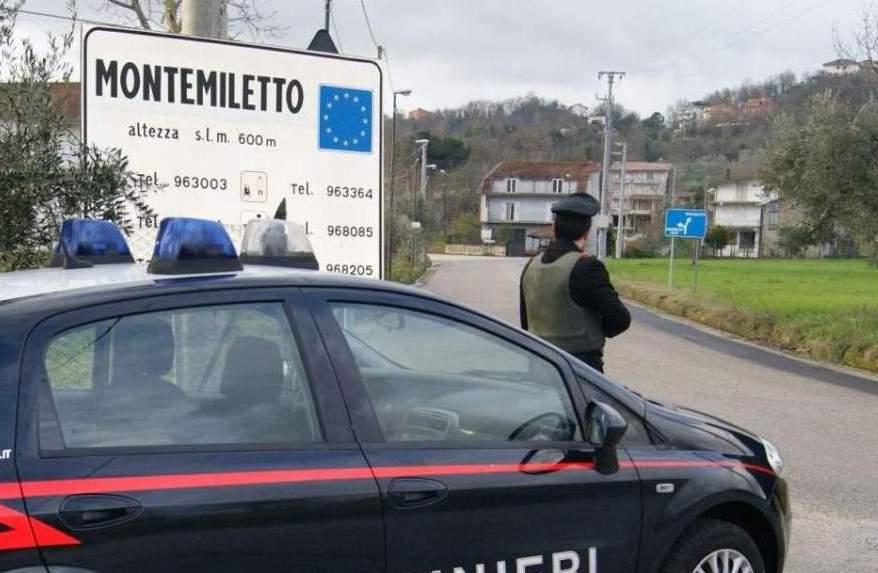 Cane impiccato a Montemiletto, denunciato 65enne
