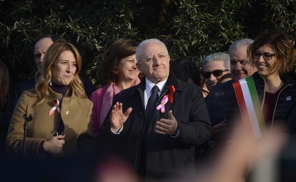 De Luca a Lioni: '8 marzo della concretezza'