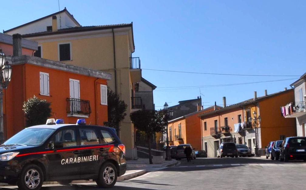 Morra De Sanctis: ai domiciliari ma in giro, arrestato da un carabiniere fuori servizio