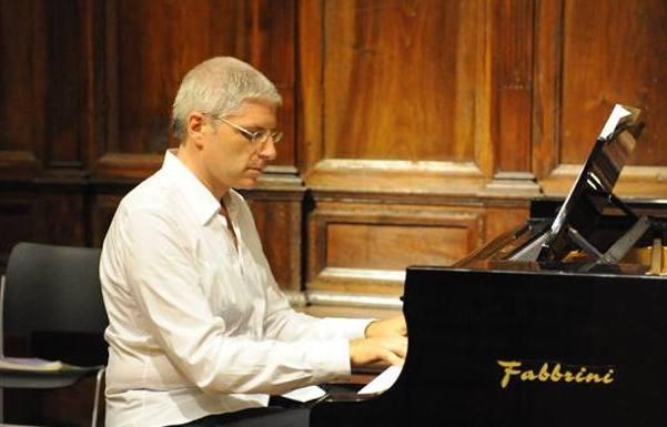 Classica in jeans, settimana di concerti al Conservatorio Cimarosa