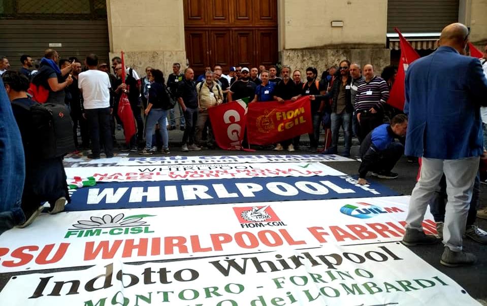 Whirlpool Napoli, da novembre stop alle attività
