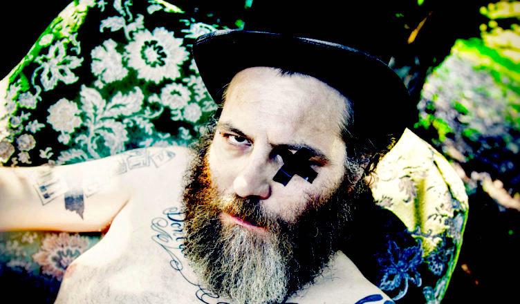 Da Marta sui Tubi al Godot di Avellino, indie rock con Carmelo Pipitone