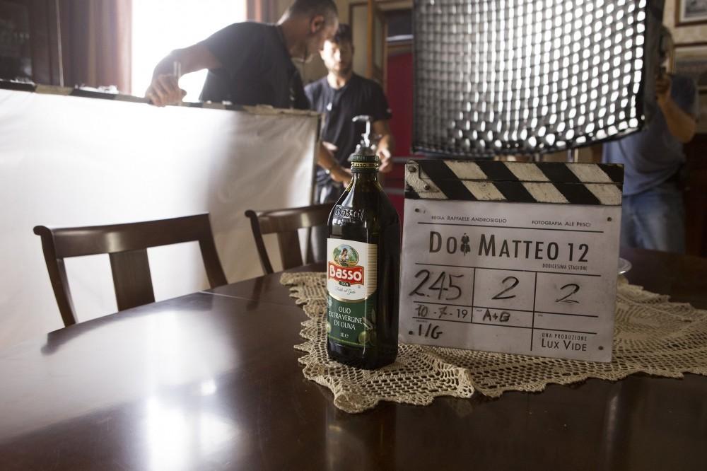 Olio Basso sul piccolo schermo alla tavola di Don Matteo 12