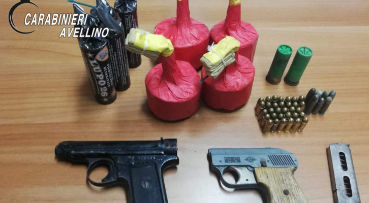Bagnoli Irpino: armi e munizioni, arrestati padre e figlio