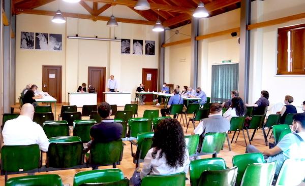 Scuole: Calitri senza soluzioni, appello alla Provincia