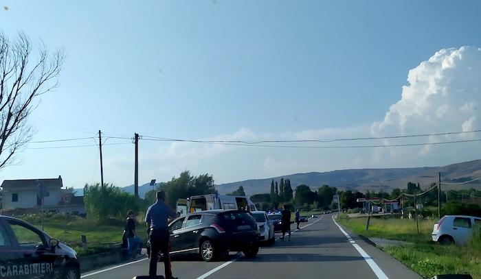 Frontale a Conza della Campania, due le ambulanze sul posto