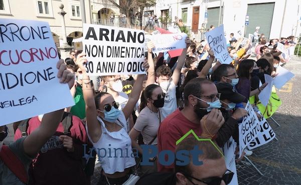 Ariano non si lega: 'Piazza privatizzata da Salvini, pagina vergognosa'