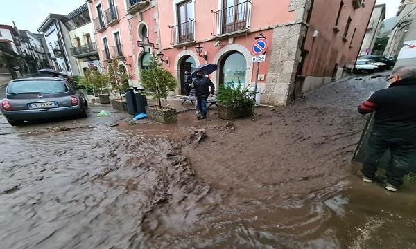 Alluvione a Monteforte Irpino, abitazioni evacuate