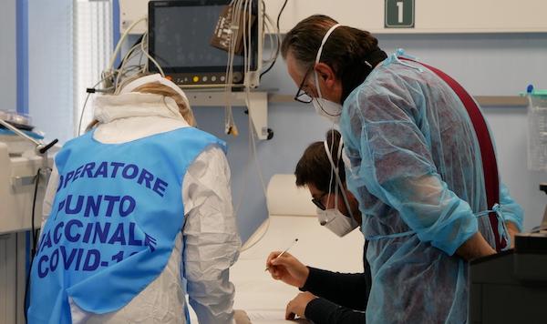 Arrivati 390 flaconi ad Ariano, dal 23 gennaio la seconda dose
