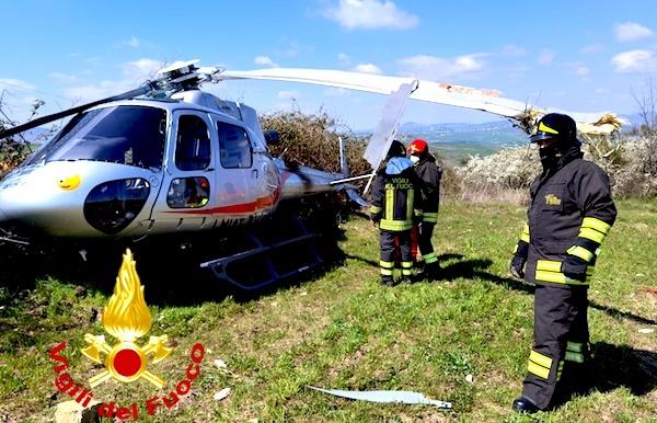 Bisaccia: precipita elicottero, pilota in ospedale