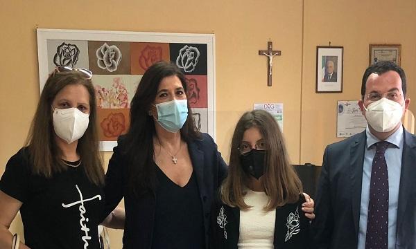 Violenza sulle donne: la giovane Fatmira di Serino vince premio il suo corto